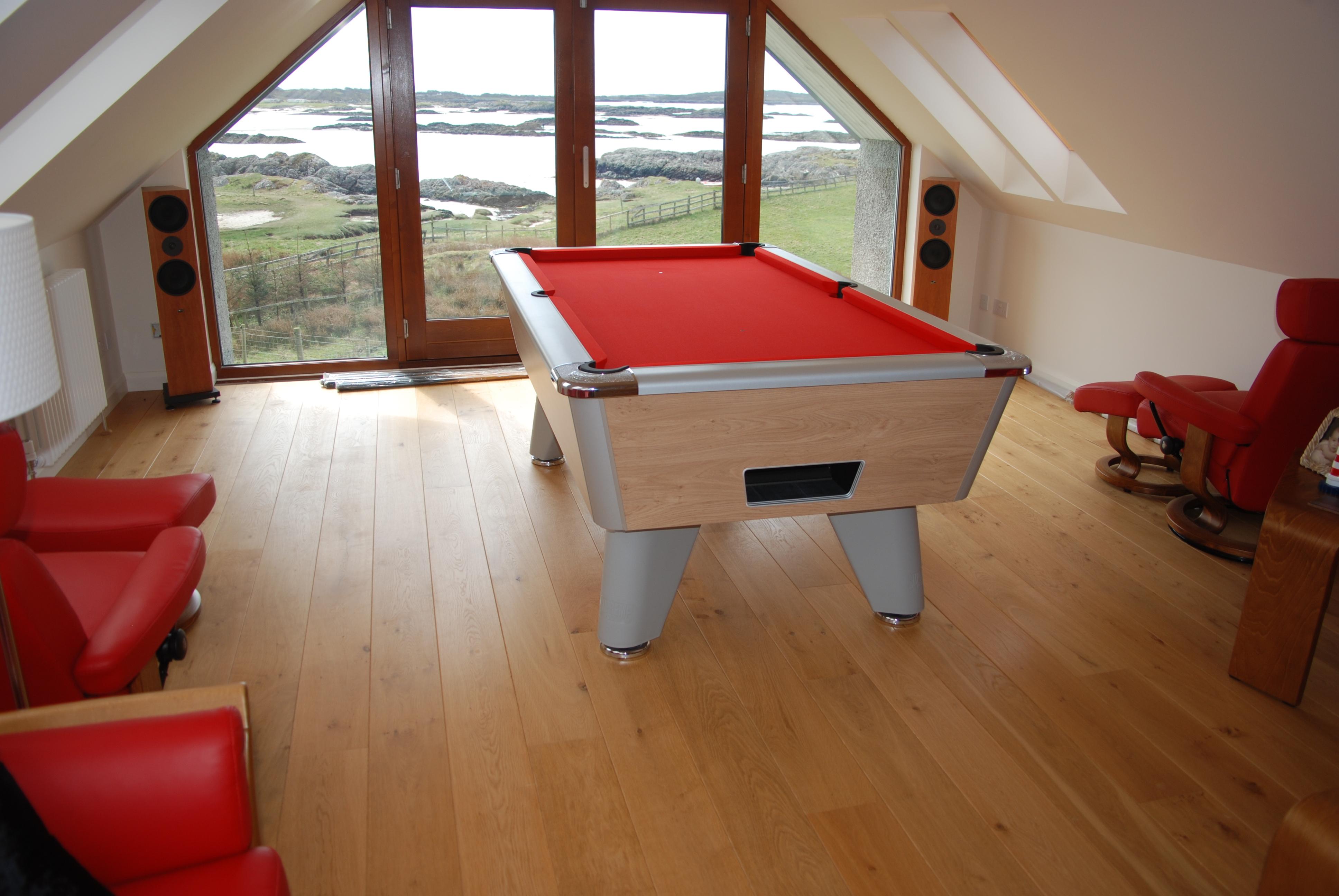 Custom design pool table cloths  1