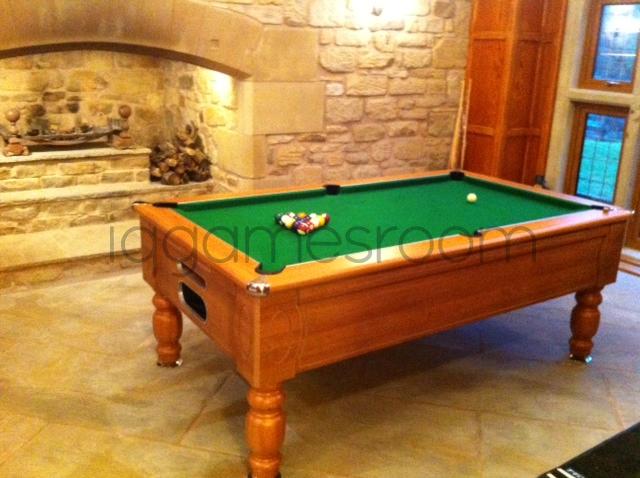 Walnut 7ft Marseille Freeplay Table