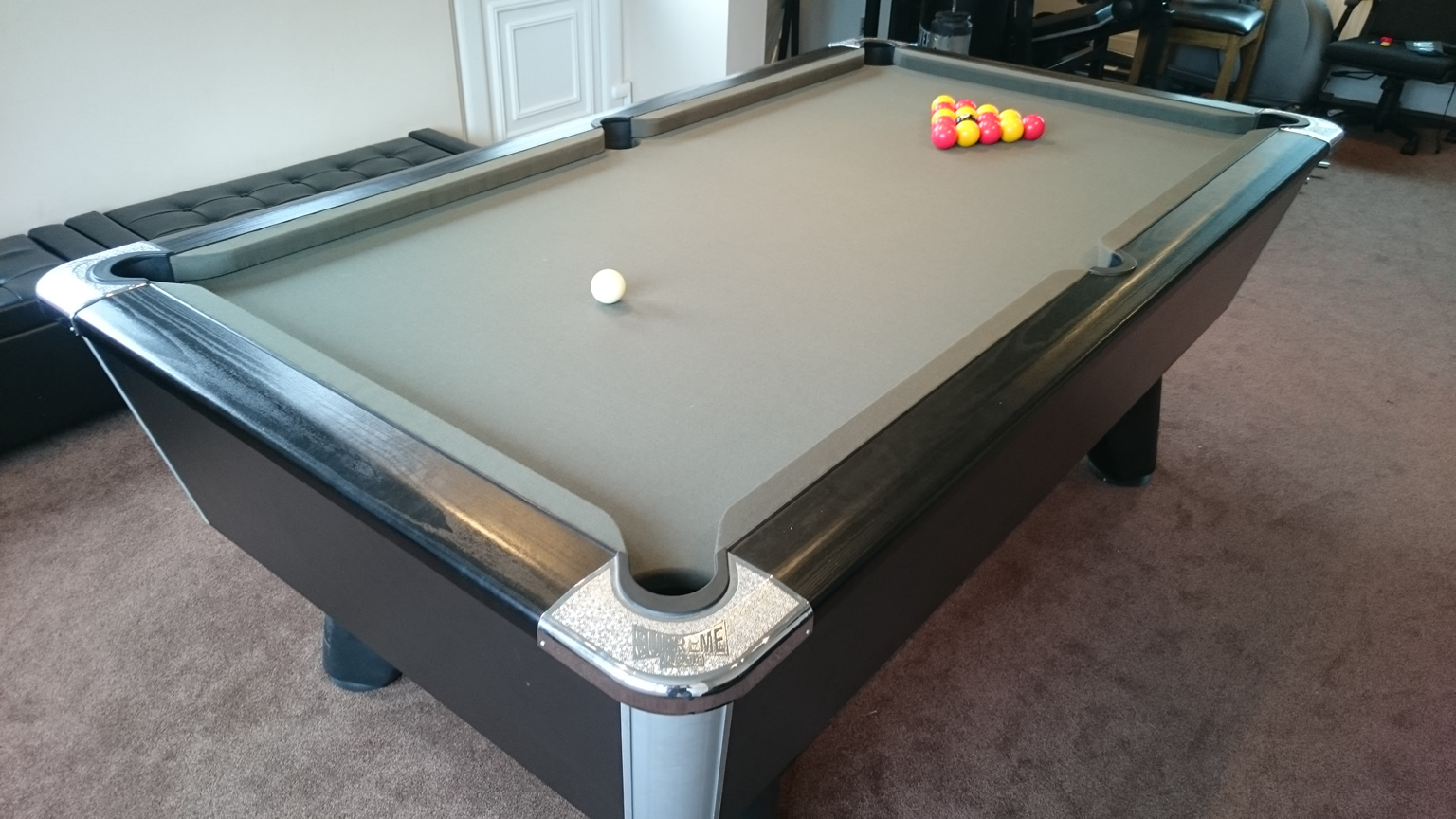 A Pool Table Recovering Project Part IQ - Billiard table recovering