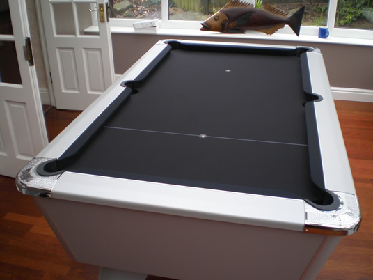 Supreme Winner Pool Table Aluminium Finish / Black Cloth