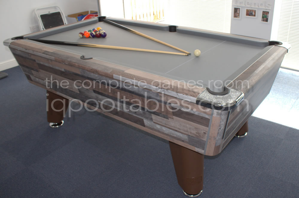 Supreme Winner Pool Table Vintage Festival Finish and Grey Cloth