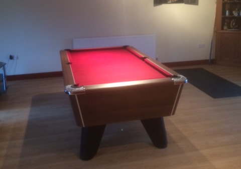 Supreme Winner Pool Table Walnut Finish / Burgundy Speed Cloth