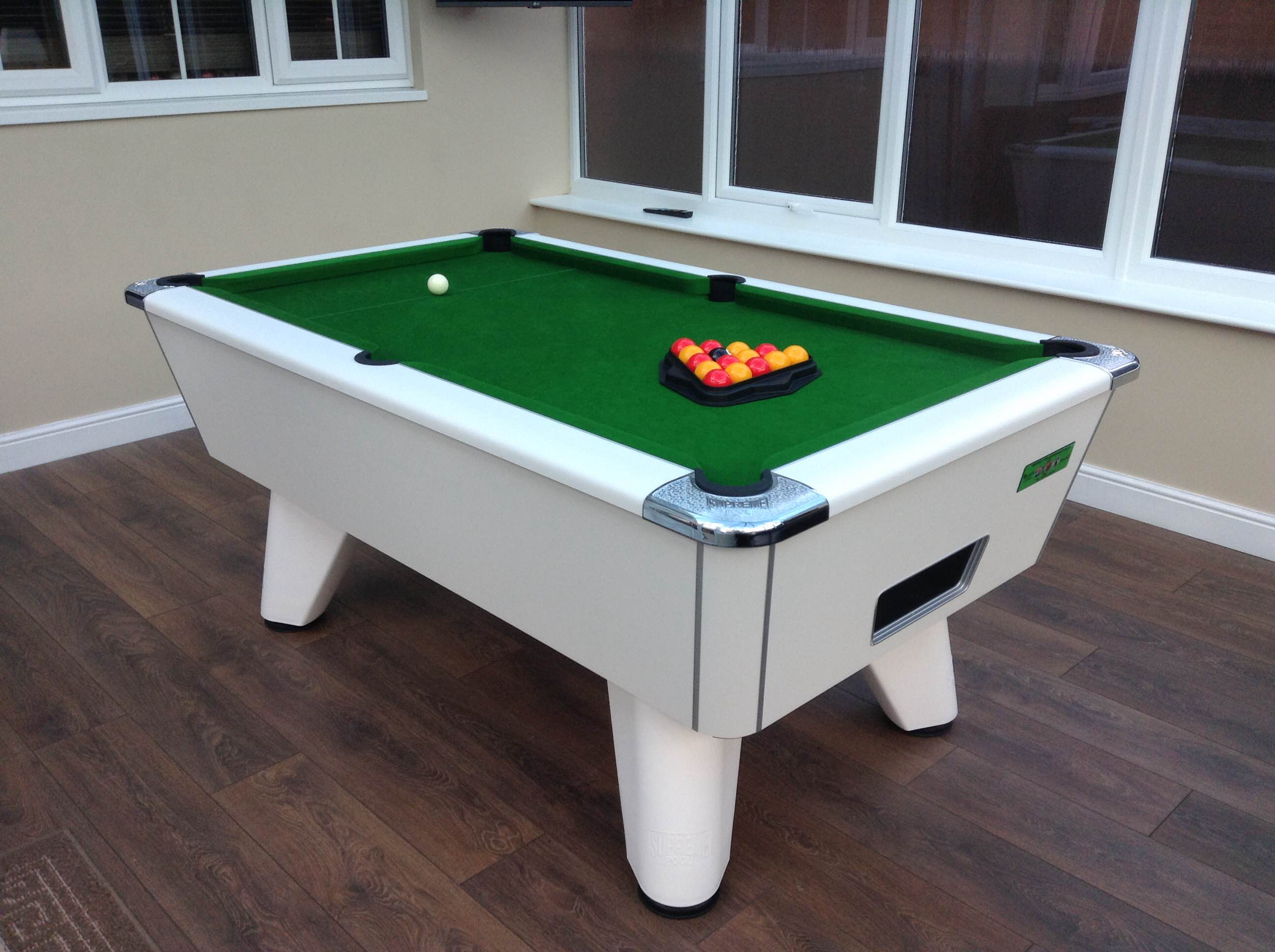 Supreme Winner Pool Table White Finish Green Cloth