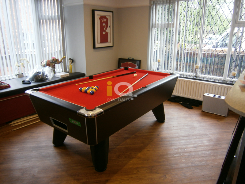 Supreme Winner Pool Table Black Finish / Red Cloth