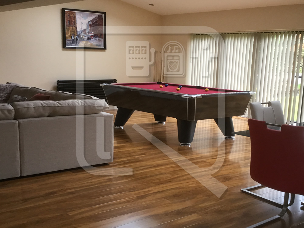 Supreme Winner Black Marble Pool Table with Burgundy Cloth img 3