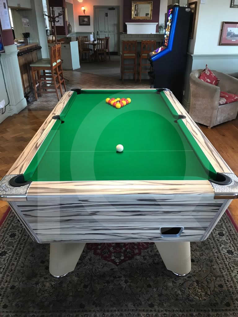 Supreme Winner Pool Table Artwood Finish / Green Cloth